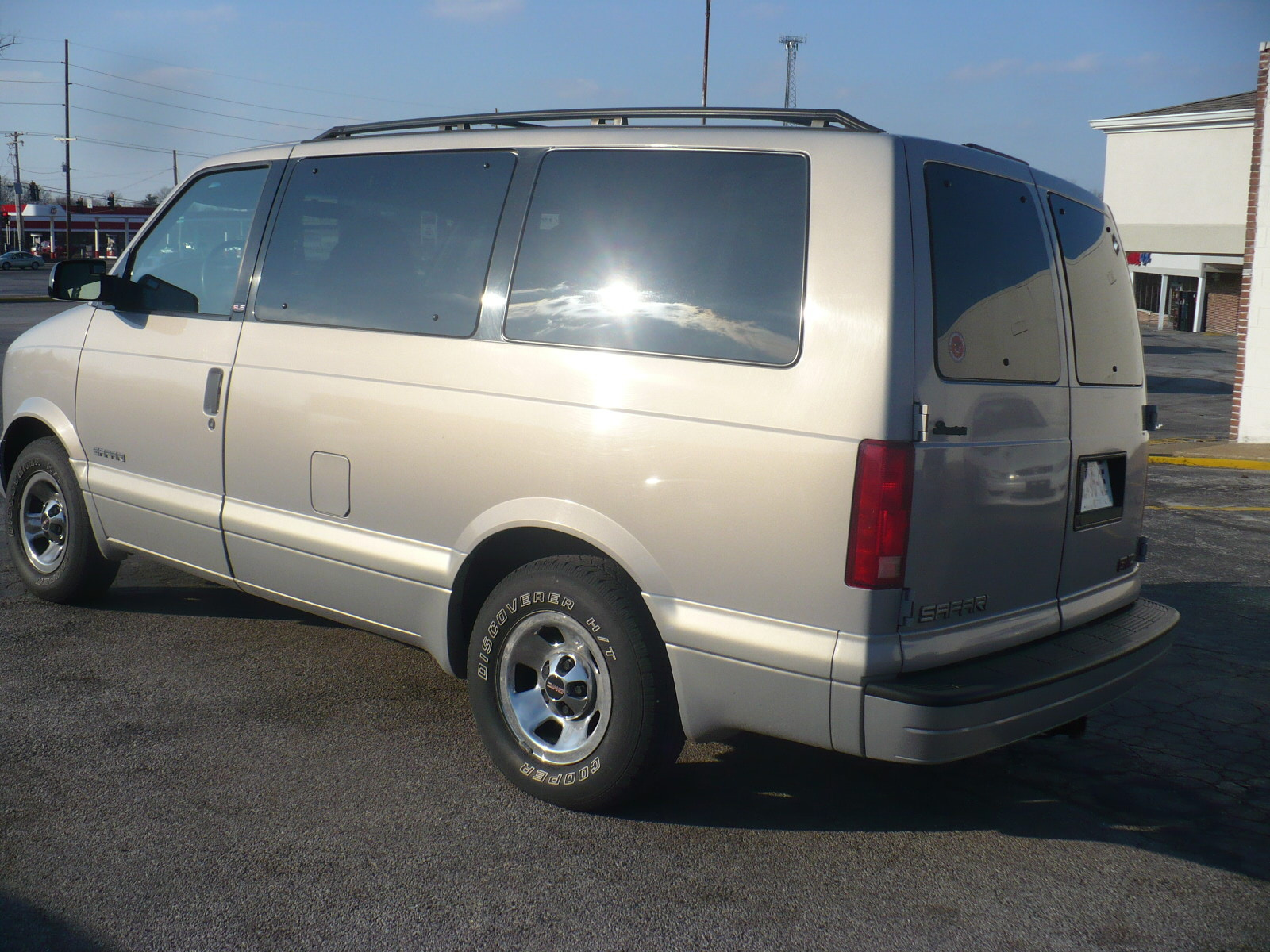 Picture of 1999 GMC Safari 3 Dr SLE Passenger Van Extended