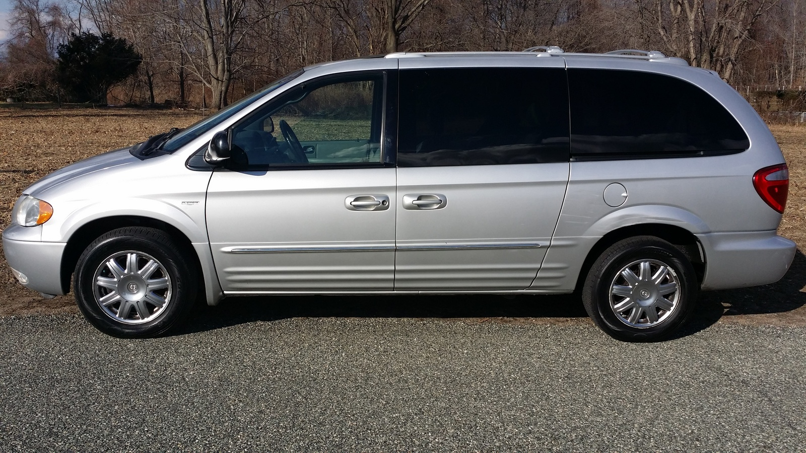 2004 Chrysler Town Amp Country Pictures Cargurus