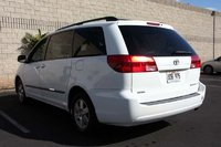 Picture of 2004 Toyota Sienna 4 Dr LE Passenger Van, exterior