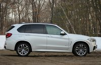 Side of the 2014 BMW X5