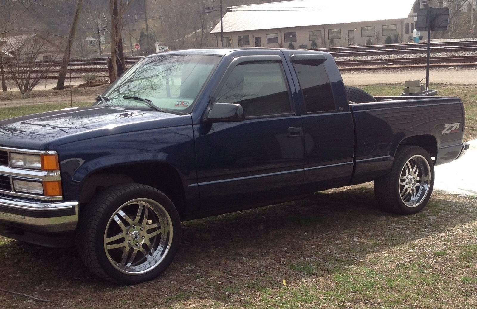 High Quality I Have A 1999 Chevy Silverado Z71 K 1500 4 By 4 And It Is The 98 Body  Style. My ? Is How Many Were Made?