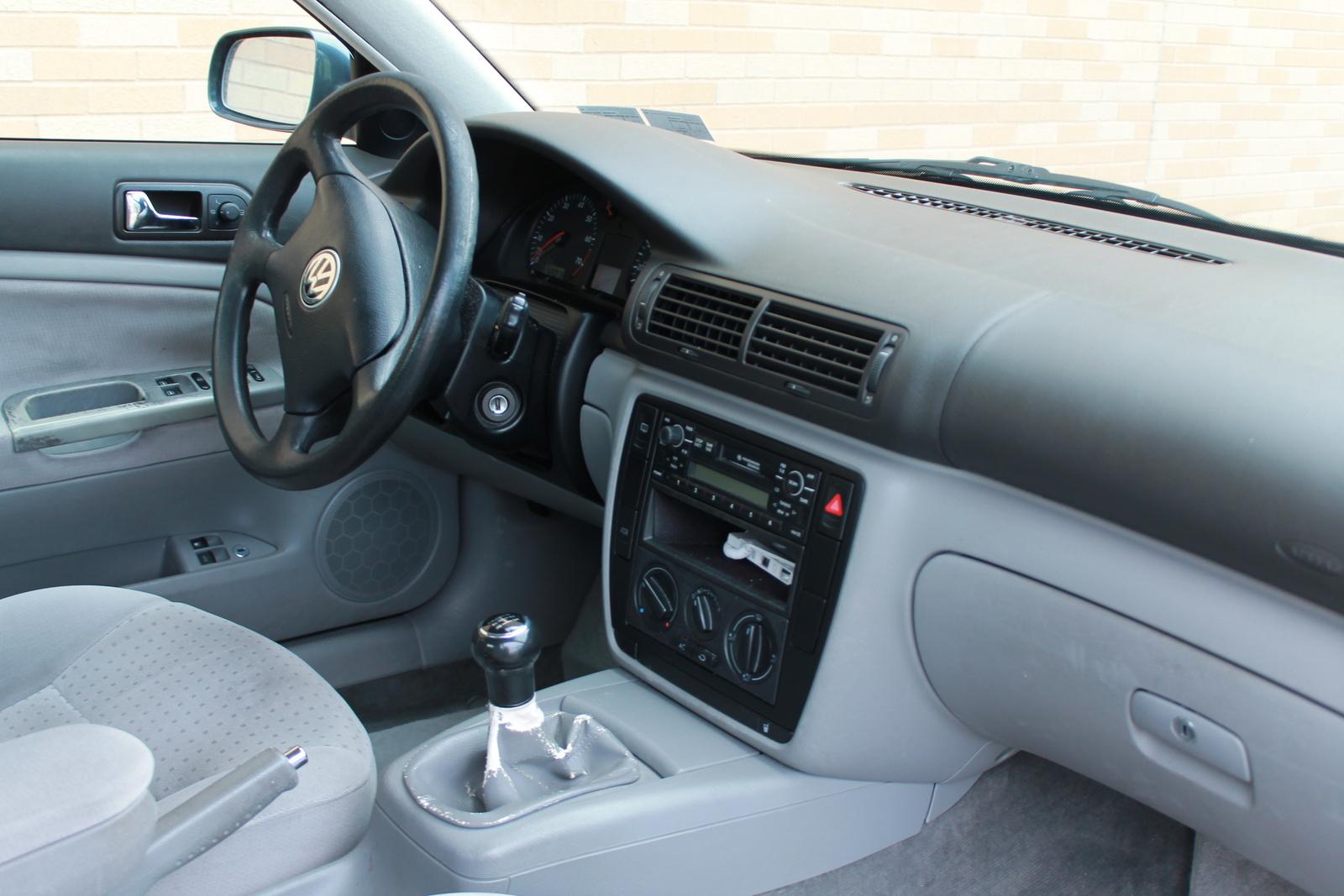 2000 Volkswagen Passat Pictures Cargurus Make Your Own Beautiful  HD Wallpapers, Images Over 1000+ [ralydesign.ml]