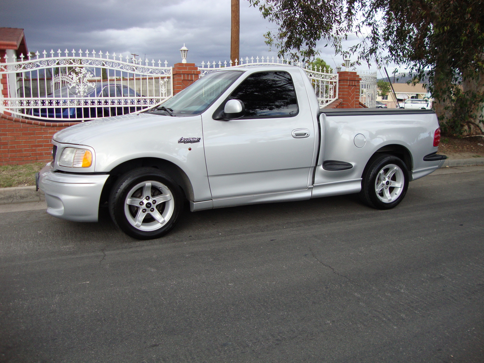 2000 Ford F 150 Svt Lightning Pictures Cargurus