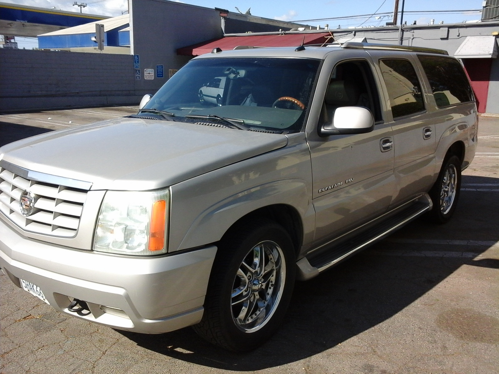 2004 cadillac escalade esv suv awd suv for sale in autos post. Black Bedroom Furniture Sets. Home Design Ideas