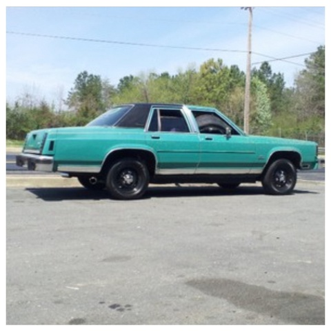 Picture of 1984 Ford LTD Crown Victoria