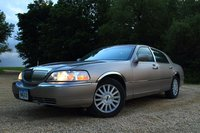Picture of 2003 Lincoln Town Car Signature, exterior