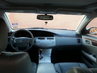 Picture of 2010 Toyota Avalon XLS, interior
