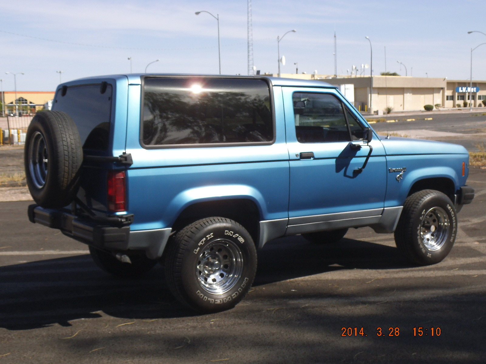used ford bronco ii for sale cargurus. Black Bedroom Furniture Sets. Home Design Ideas