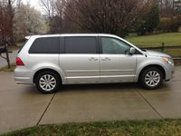 Picture of 2012 Volkswagen Routan SE, exterior