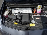 Picture of 2013 Toyota Prius Two, engine
