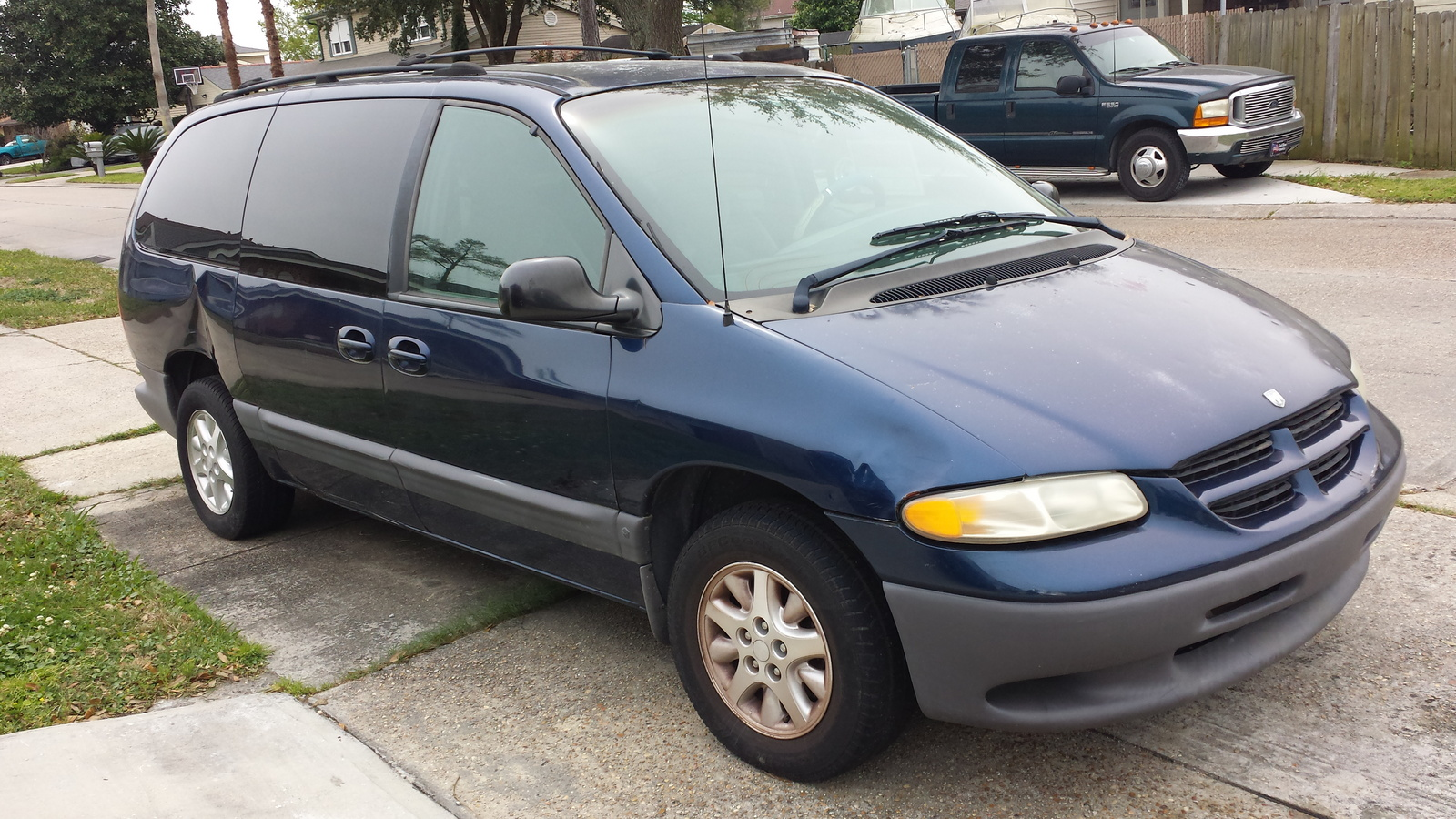 picture of 2000 dodge caravan base exterior. Cars Review. Best American Auto & Cars Review