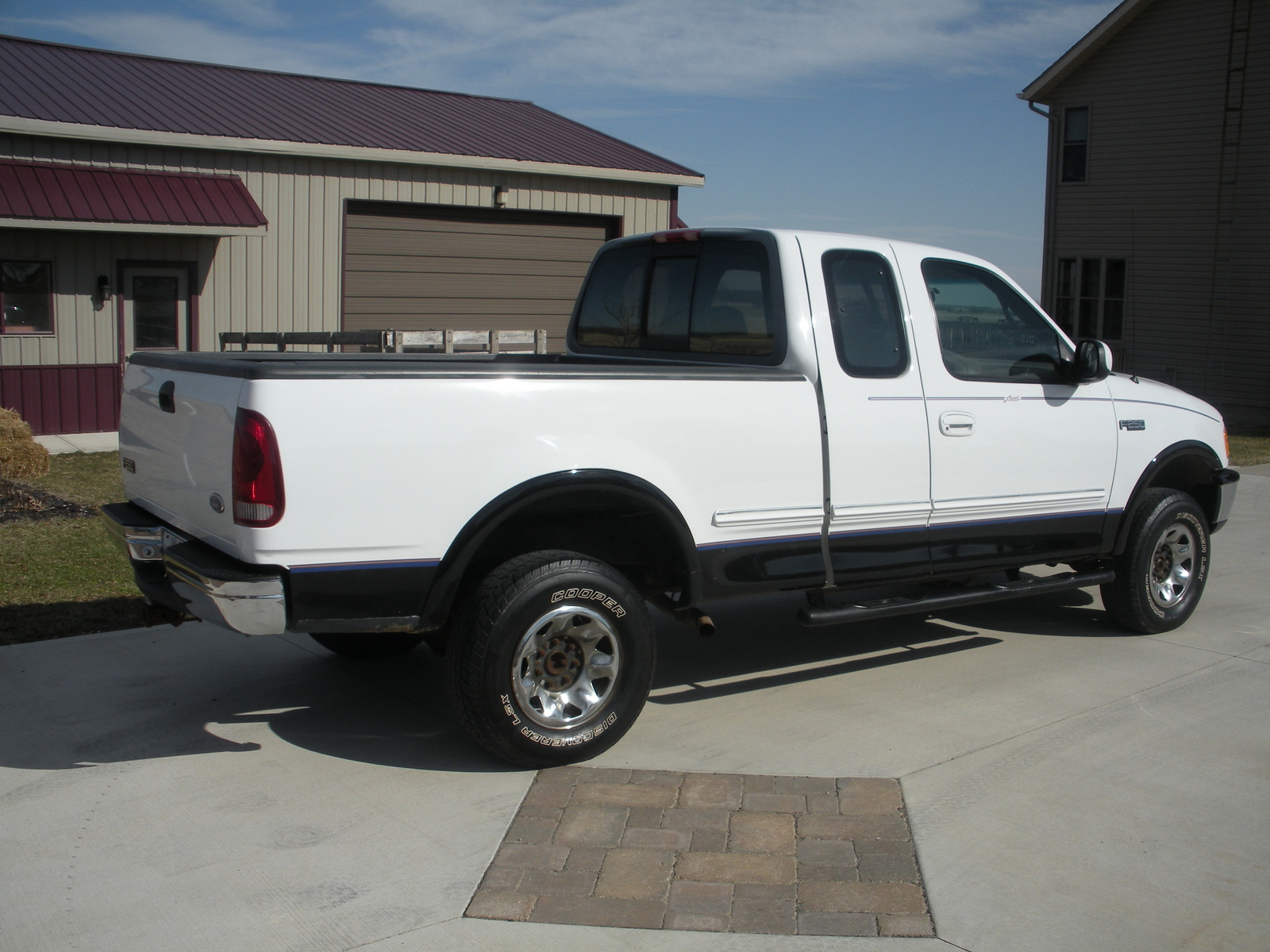 1997 Ford F-250 - Pictures