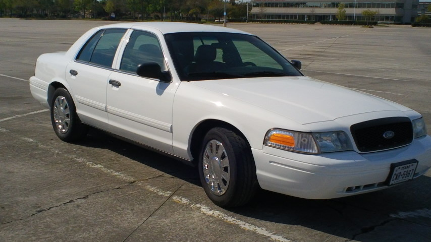 2009 Ford Crown Victoria Pictures Cargurus