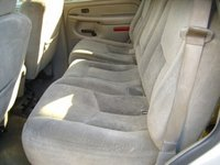 Picture of 2005 Chevrolet Tahoe LS, interior