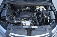 2012 Chevrolet Cruze Eco picture, engine