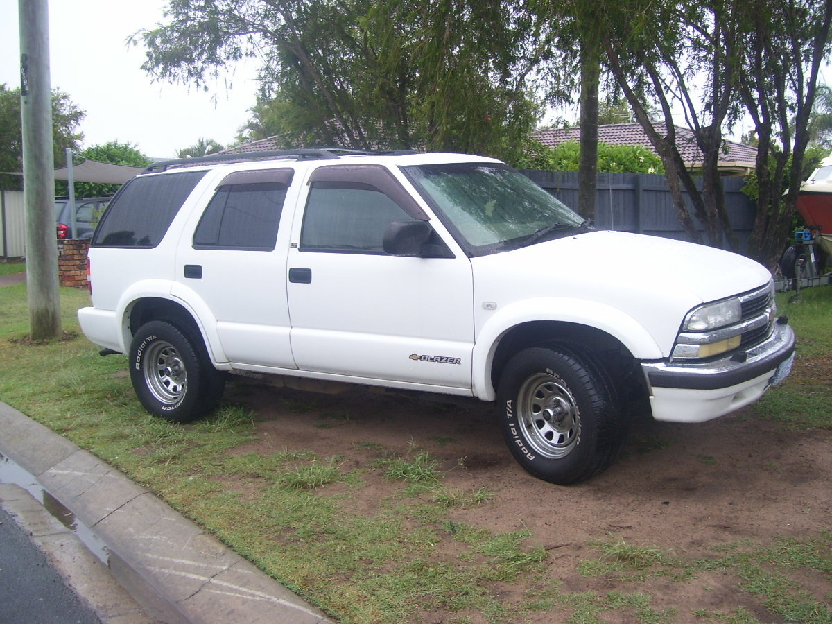 Chevrolet Blazer Questions I Own A 2001 Model Chevy Blazer I Was Driving Along And The Engine Che Cargurus