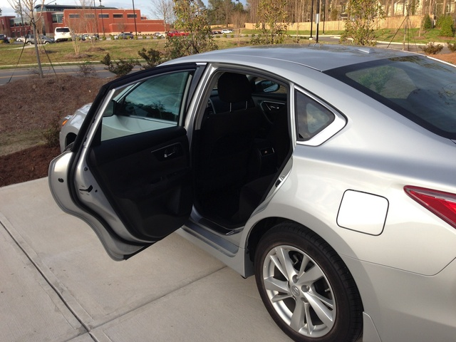 Picture of 2013 Nissan Altima 2.5 SV, exterior, interior, gallery_worthy