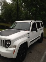 Picture of 2012 Jeep Liberty Arctic, exterior