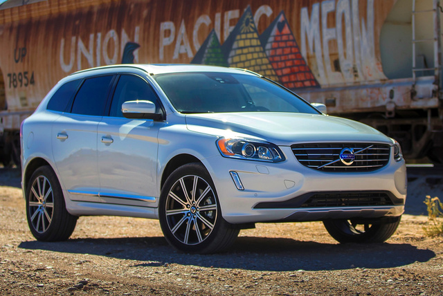 2015 Volvo XC60, Front-quarter view, exterior, manufacturer