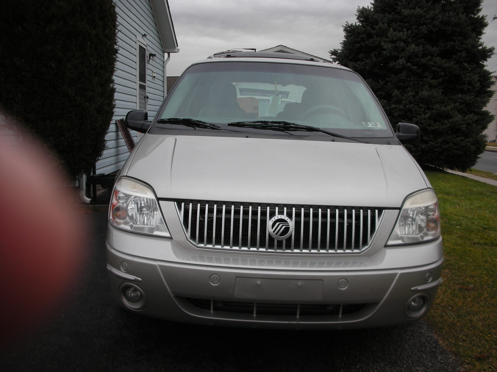 Picture of 2004 Mercury Monterey 4 Dr STD Passenger Van
