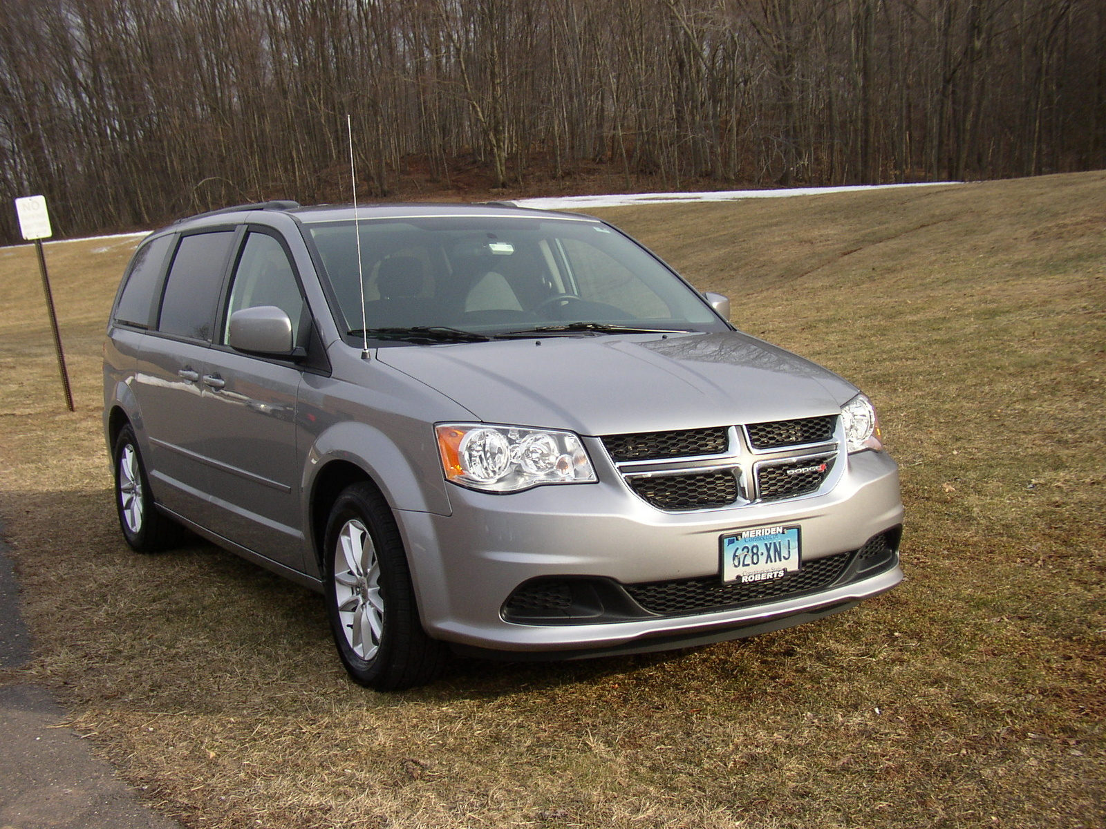 2014 dodge grand caravan pictures cargurus. Black Bedroom Furniture Sets. Home Design Ideas