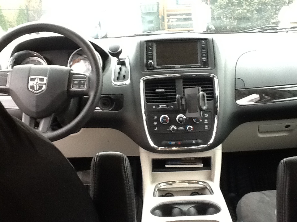 2014 Dodge Grand Caravan Interior Pictures To Pin On Pinterest Pinsdaddy