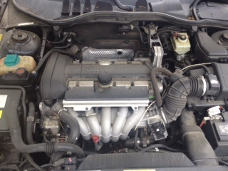 Picture of 2000 Volvo S70 4 Dr SE Sedan, engine