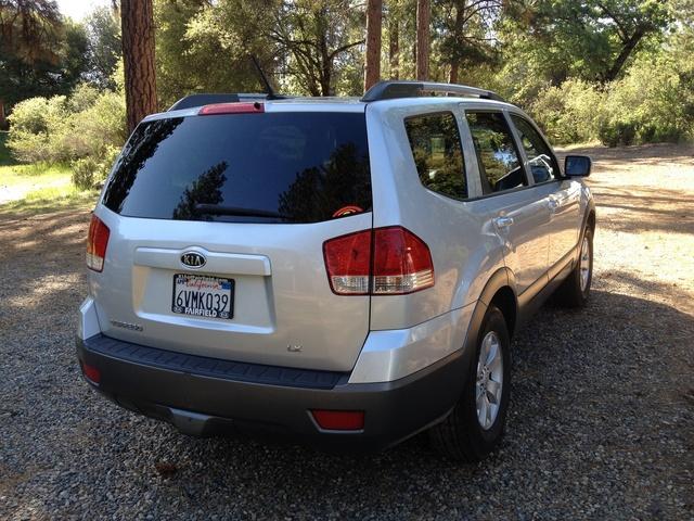 Picture of 2009 Kia Borrego LX V6 4WD, exterior