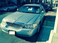 Picture of 2006 Lincoln Town Car Signature Limited, exterior