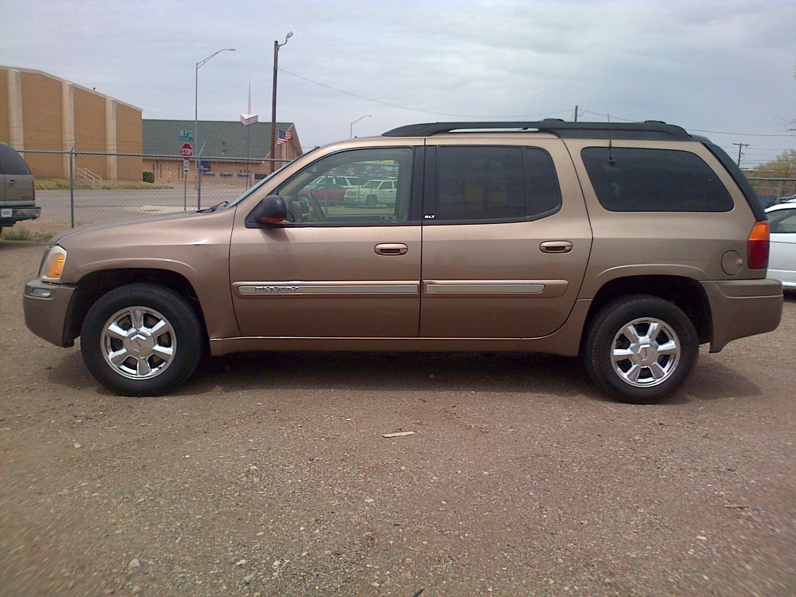 gmc envoy pictures posters news and videos on your. Black Bedroom Furniture Sets. Home Design Ideas