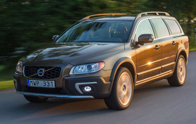2015 Volvo XC70, Front-quarter view, exterior, manufacturer