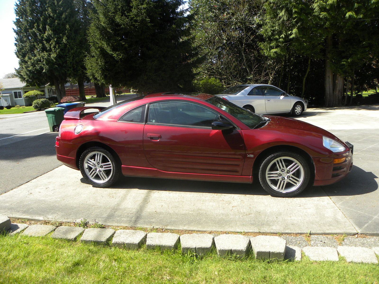 2003 mitsubishi eclipse overview cargurus. Black Bedroom Furniture Sets. Home Design Ideas