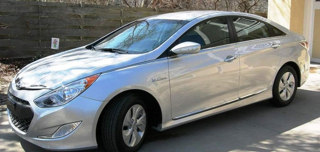 2013 hyundai sonata hybrid overview cargurus. Black Bedroom Furniture Sets. Home Design Ideas