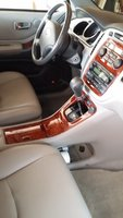 Picture of 2006 Toyota Highlander Limited AWD, interior