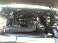 Picture of 2000 Ford Explorer 2 Dr Sport, engine