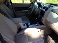 Picture of 2010 Mercury Mariner Premier, interior