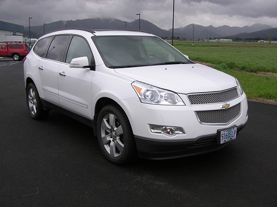 2009 chevrolet traverse pictures cargurus. Black Bedroom Furniture Sets. Home Design Ideas