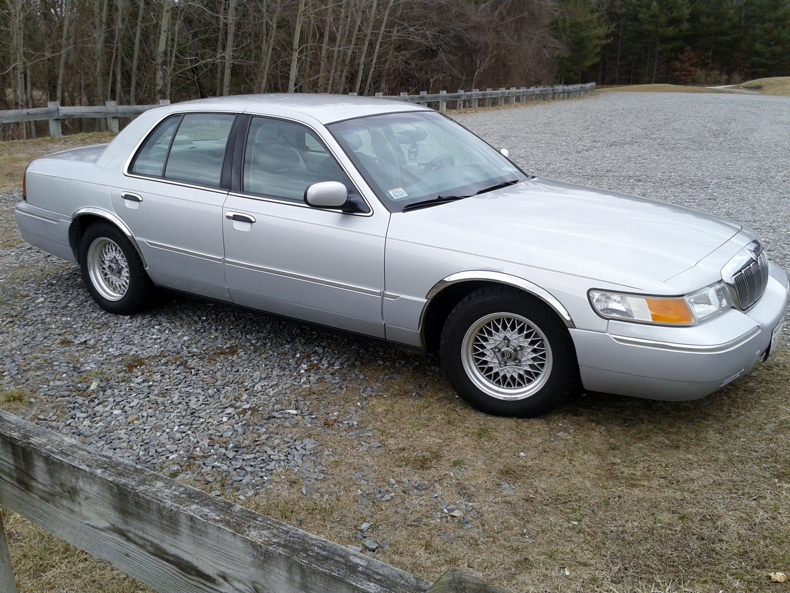 2002 Mercury Grand Marquis Pictures Cargurus