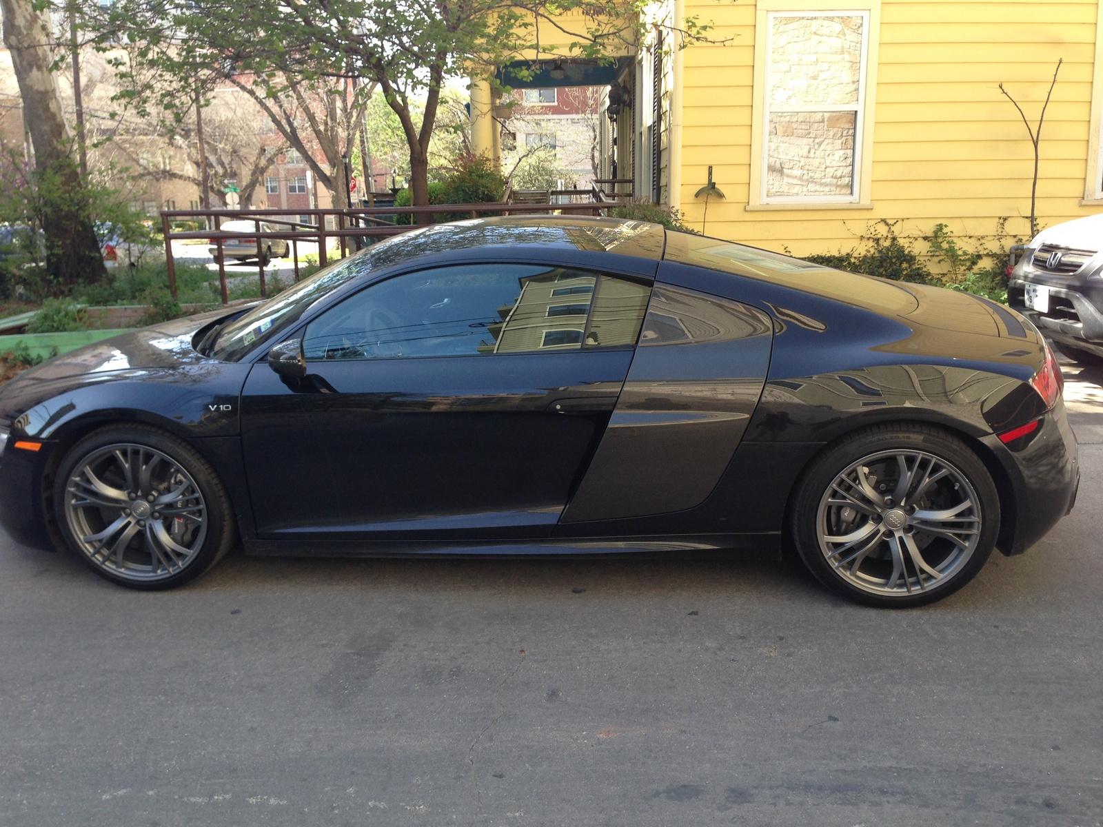 Picture of 2014 Audi R8 V10 Plus