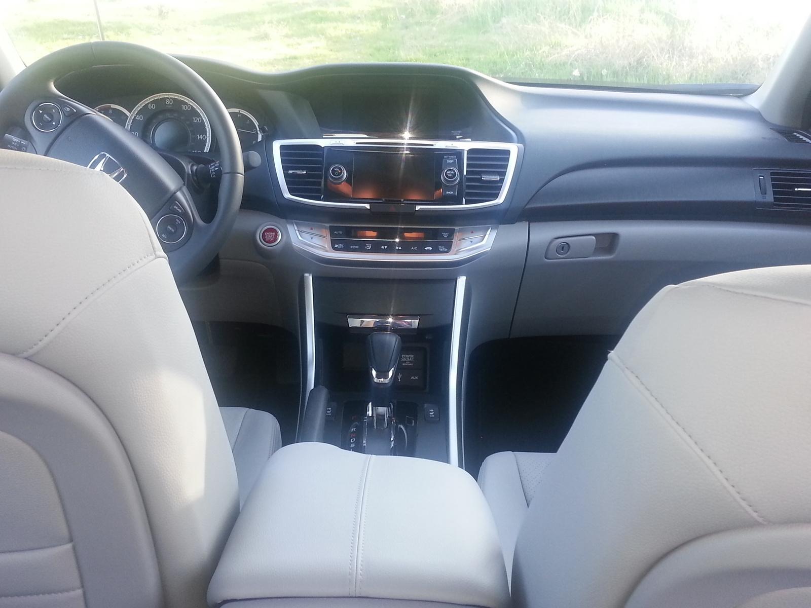 2014 honda accord interior pictures cargurus - Honda accord coupe 2014 interior ...