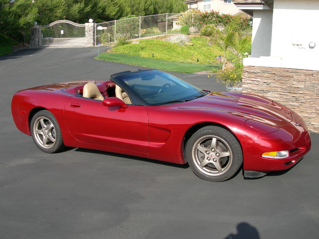 2000 chevrolet corvette overview cargurus. Black Bedroom Furniture Sets. Home Design Ideas