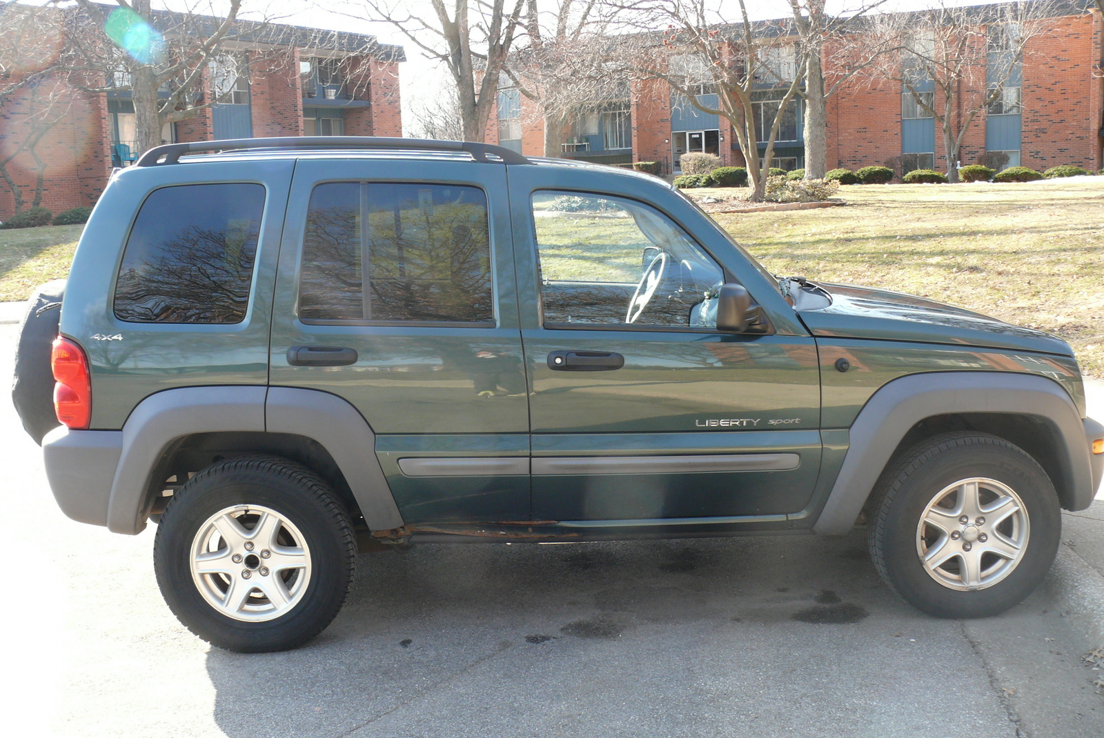 picture of 2002 jeep liberty sport 4wd exterior. Cars Review. Best American Auto & Cars Review