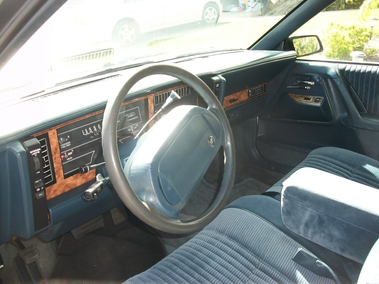 Buick Century Special Pic