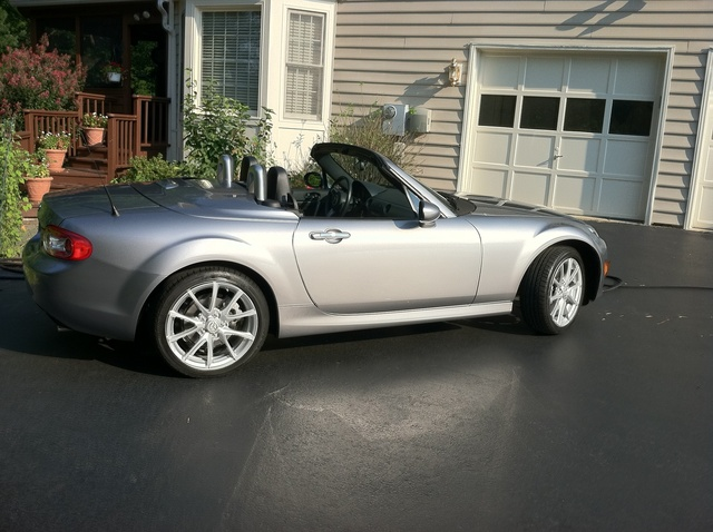 2010 mazda mx 5 miata pictures cargurus. Black Bedroom Furniture Sets. Home Design Ideas