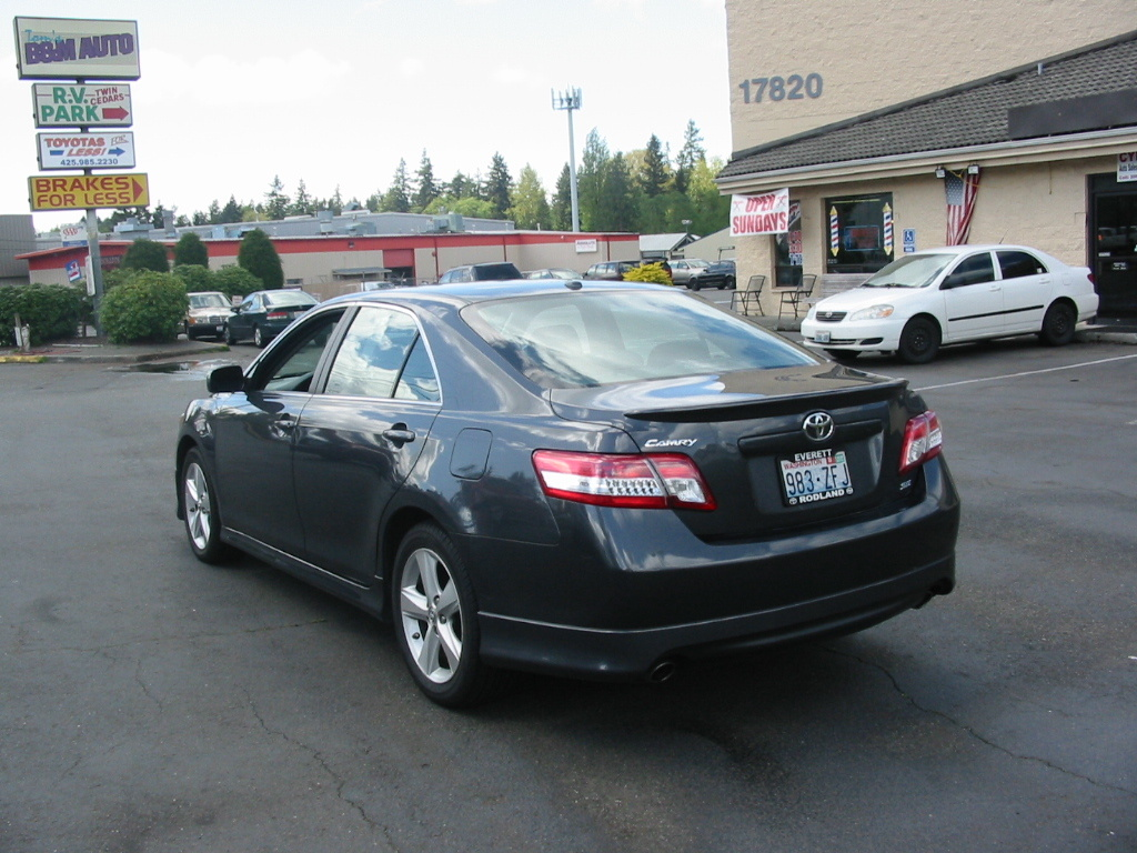 used 2010 toyota camry performance specs motor trend autos post. Black Bedroom Furniture Sets. Home Design Ideas