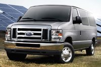 2013 Ford E-Series Passenger Overview