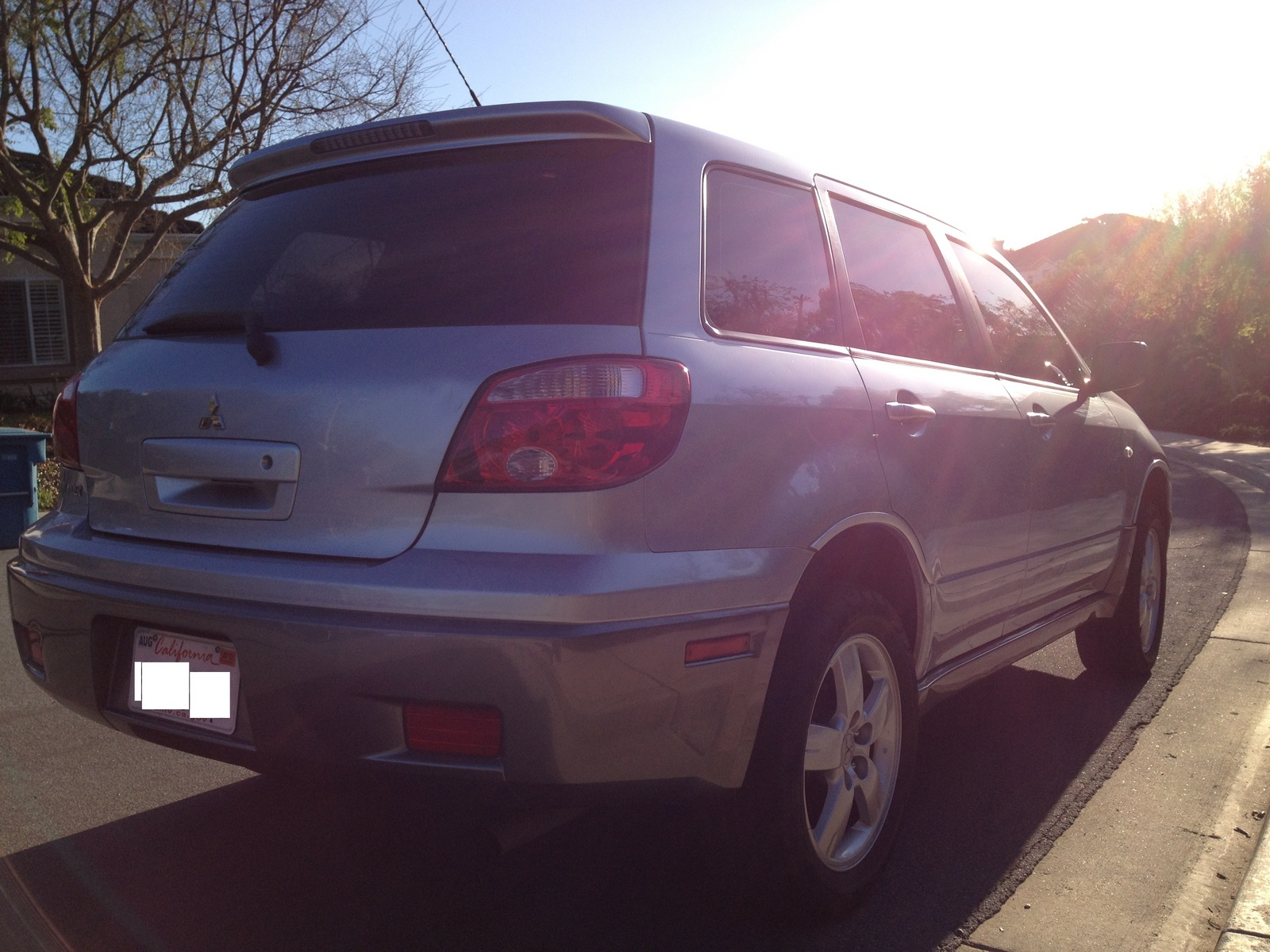 Picture of 2005 Mitsubishi Outlander LS