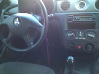Picture of 2005 Mitsubishi Outlander LS, interior