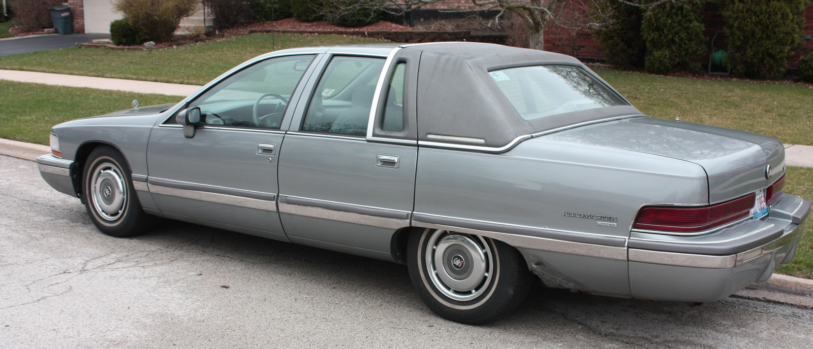 Picture of 1994 Buick Roadmaster 4 Dr Limited Sedan