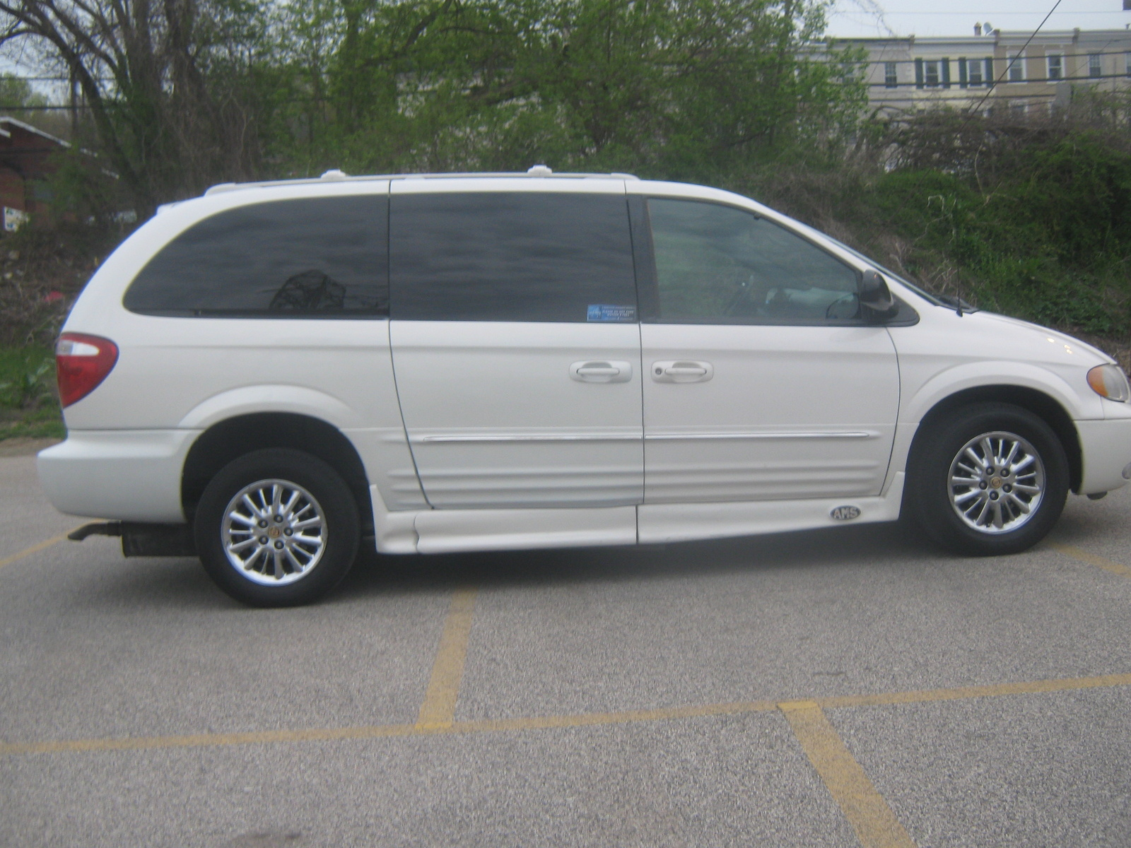 Used 2014 Chrysler Town and Country for sale  Pricing